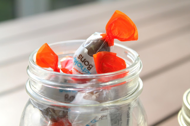 kinder schoko-bons maison jar glas