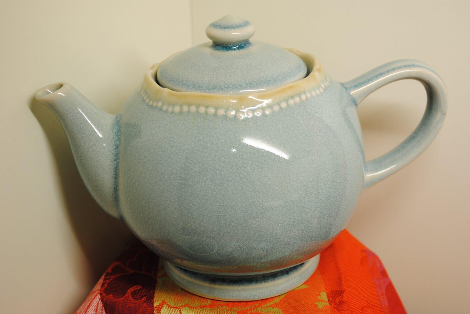 Genevieve Lethu Chicago Teapots Vs Tea Kettles
