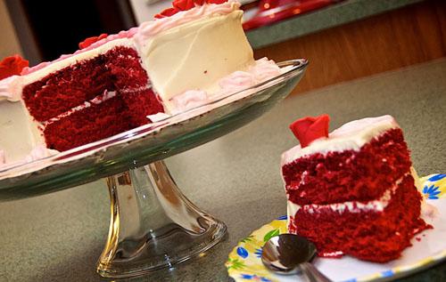 Segera kita akan masuk pada momen Natal yang senang Menu Kue Natal Pilihan: Resep Red Velvet Cake