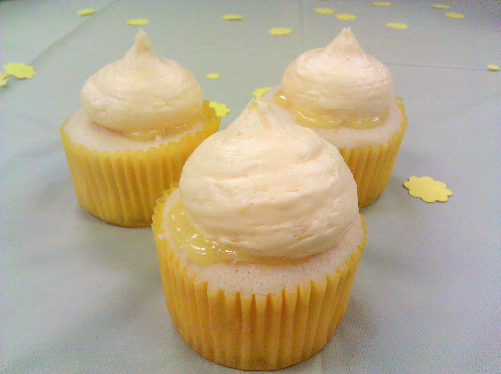 Bake.Frost.Repeat: Lemon Cupcakes with Lemon Curd & Lemon ...