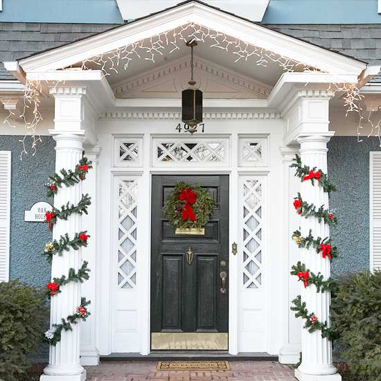 how to hang garland around front doorInside the Brick House 12012012  01012013