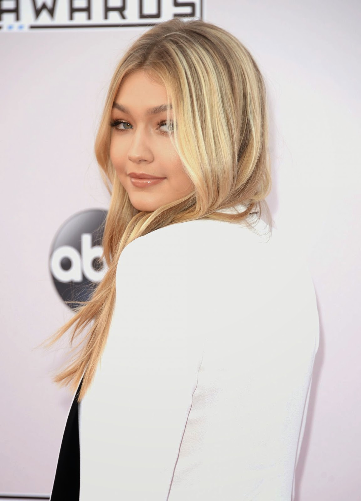 Gigi Hadid - 2014 American Music Awards
