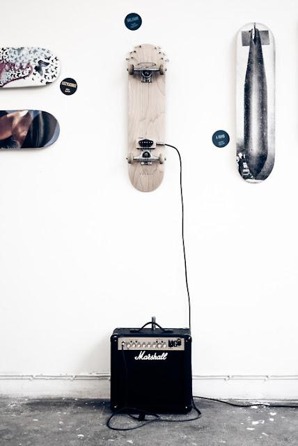 skateboard marshall amp