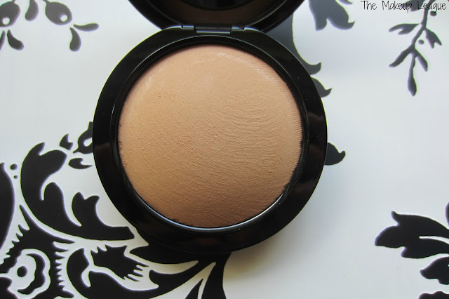 mac skinfinish natural medium tan