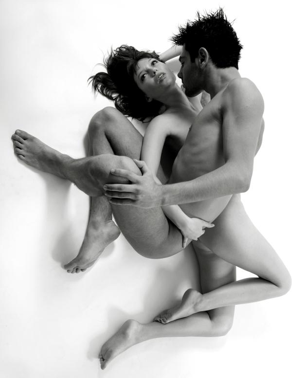 Фотосессия Обнаженной Пары Для Порно Издания