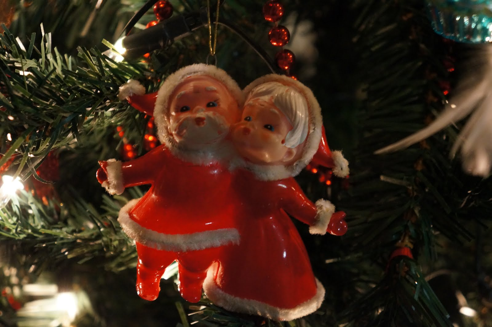 Mr and mrs christmas tree decoration - Mr And Mrs Claus Vintage Christmas Tree Decoration Ornament 1980s 80s Nostalgia