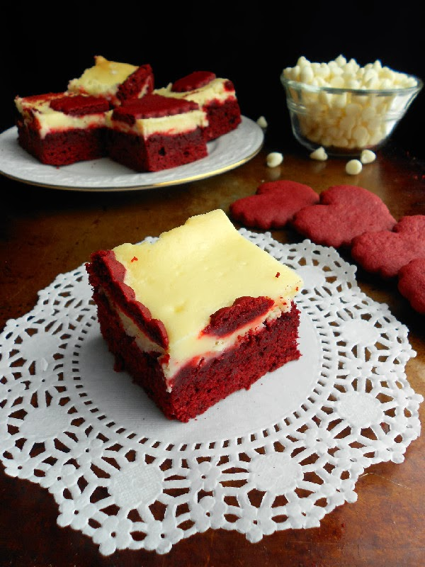 ... of a Confectionista: Red Velvet White Chocolate Cheesecake Bars
