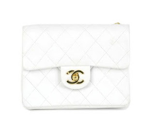 Vintage white Chanel quilted leather bag with gold hardware
