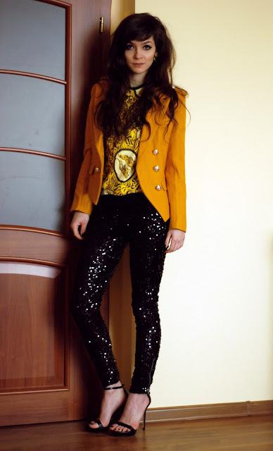 brunette, brunetka, michael, jackson, cekiny, cekinowe, spodnie, legginsy, leggings, h&m, versace, blouse
