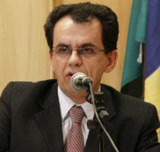 O vereador Reimont Luiz Otoni Santa Bárbara defende a regulamentação da assistência espiritual nos hospitais