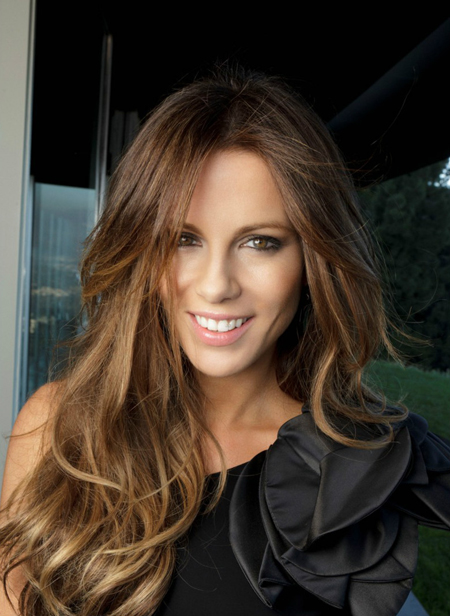 Kate Beckinsale Hiarstyle on Redbook Magazine January 2012 - 2