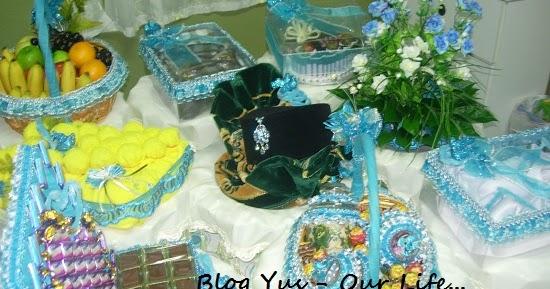 pelbagai warna tema hantaran pertunangan blog yus our