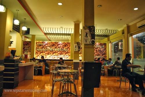 Interior icos cafe