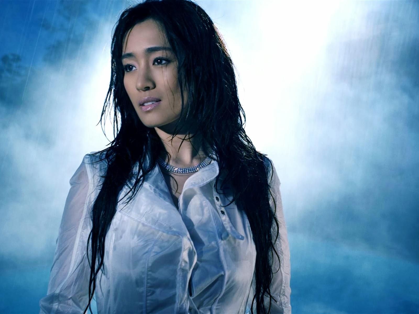 Wallpapers World Amazing: Gong Li - Photos Hot