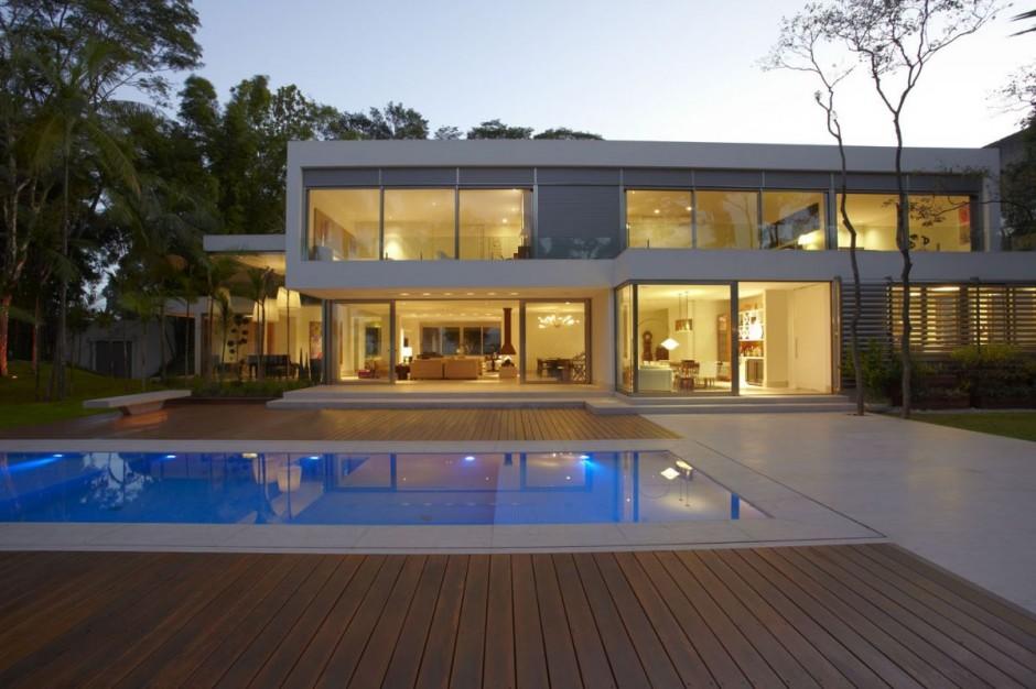 Casas con fachadas minimalistas nuevas tendencias for Estilo de casa minimalista