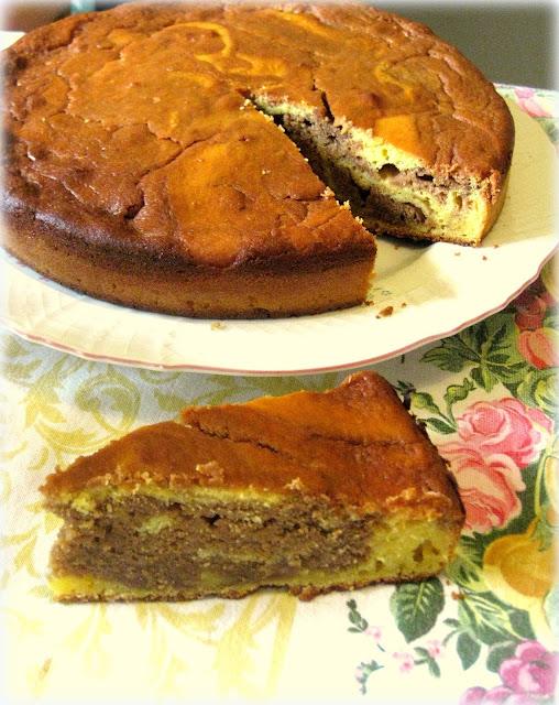 torta marmorizzata con mandorle e ricotta