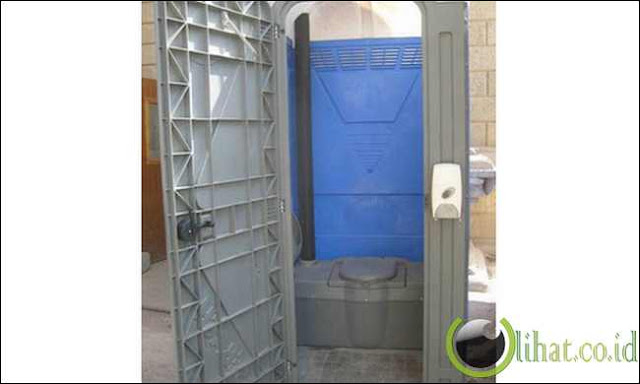 Toilet meledak, menyebabkan gugatan $ 10.000.000