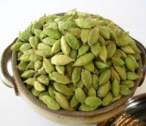 pure quality and worlds best, finest sri lankan cardamom for import your country, Sri Lankan spice, ceylon spice