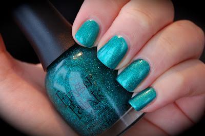 Finger Paints Art You Wondering? green/aqua nail polish, H&M Aqua