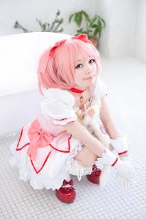 Madoka Magica Akemi Homura Cosplay by Kanda Midori