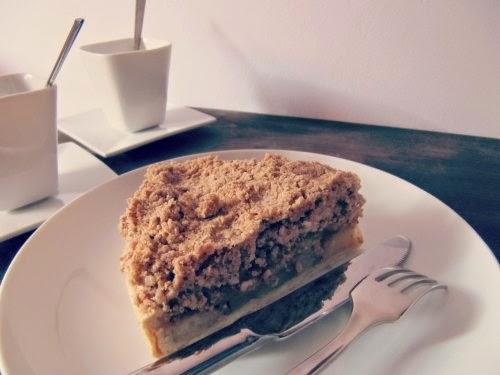 Porción tarta de manzana con crumble