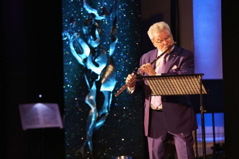 Sr James Galway performing at last night's Gramophone Awards