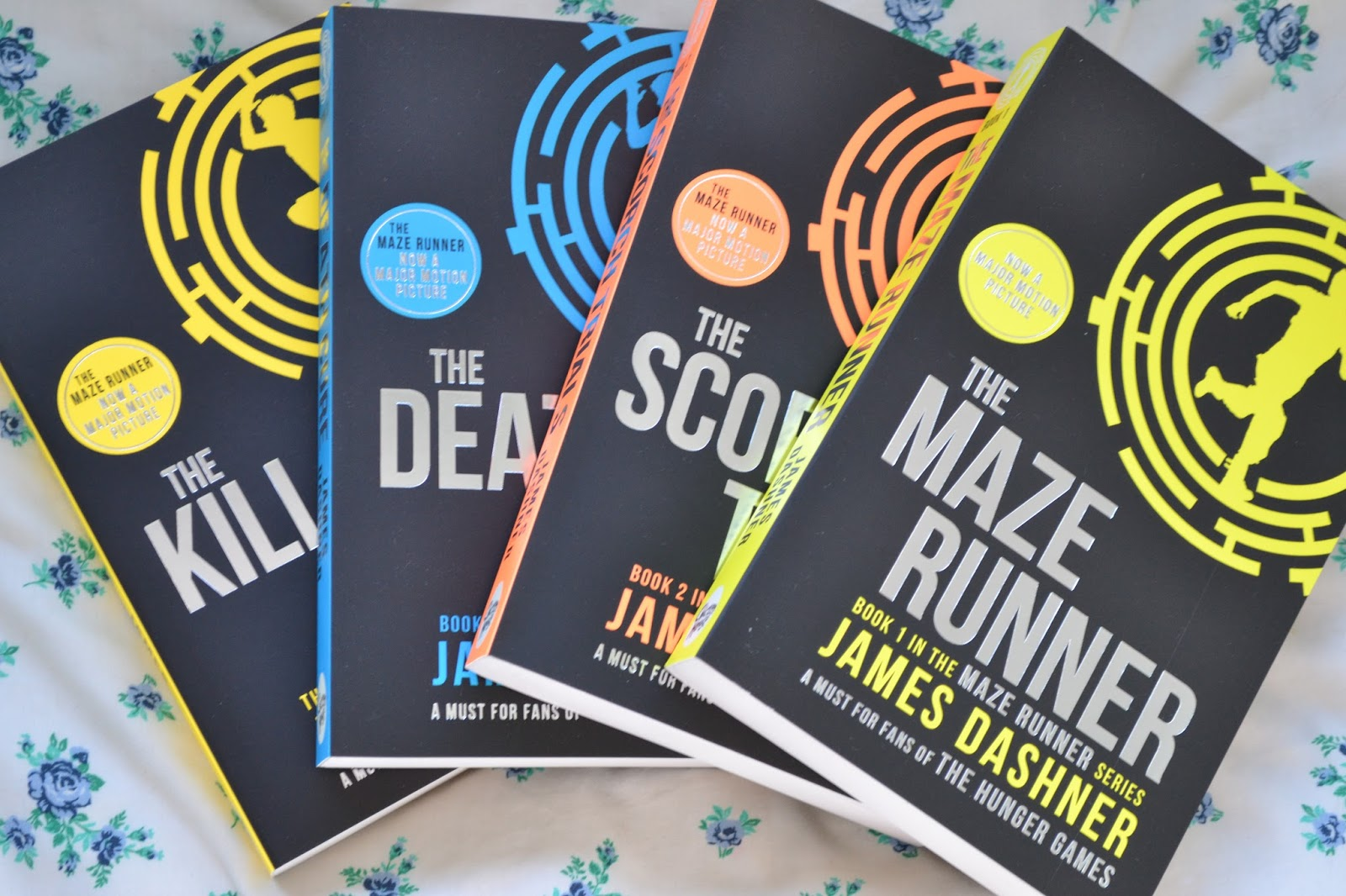 maze runner essay Maze runner is a science fiction book by james dashner it takes place in a testing facility that is a giant maze in a post apocalyptic world.