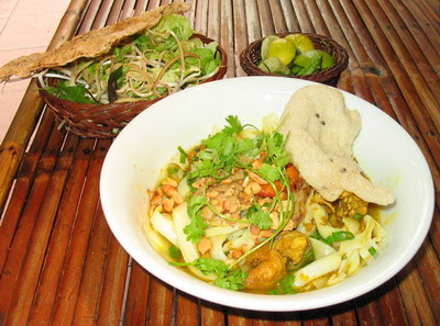 Travel to Da Nang to see fireworks and to enjoy the culinary arts - Part 1