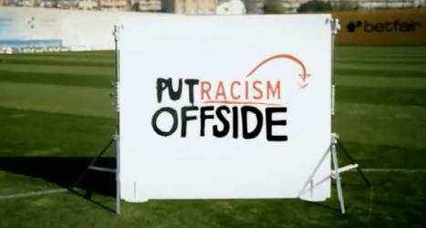 Messi Keita y Piqué deja el racismo fuera de juego