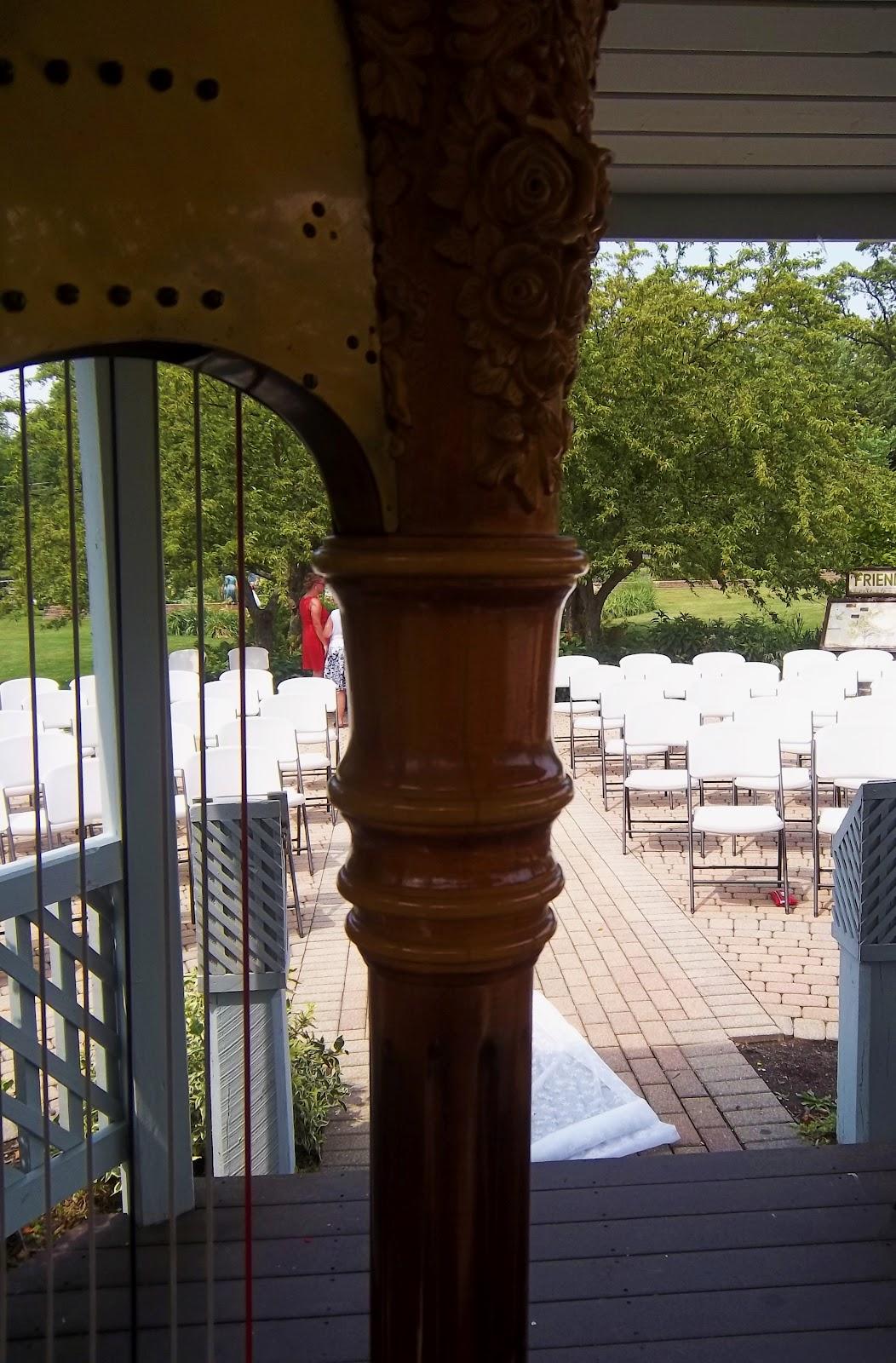 http://4.bp.blogspot.com/-mj93ivN0qOE/T_yyDBvuQWI/AAAAAAAABgo/MEb5cwEdf_0/s1600/Ogden_Gardens_Valparaiso_Wedding_harpist.JPG