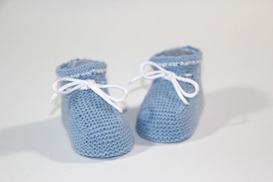 DIY Cómo hacer patucos de punto para bebe (patrones gratis)