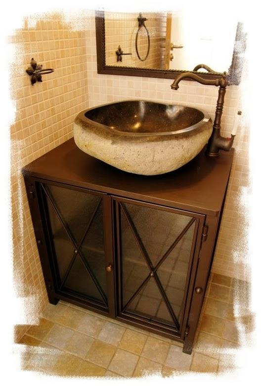 Mueble de lavabo acabado imitación oxido con lavabo de piedra maciza