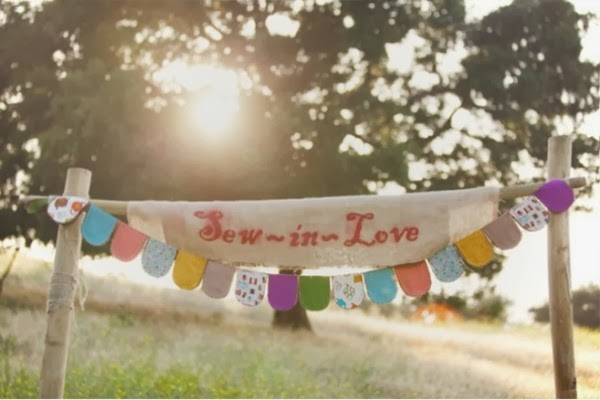 http://www.weddingbells.ca/planning/wedding-decor/creative-bunting-ideas-for-your-wedding/attachment/creative-bunting-ideas-fabric/