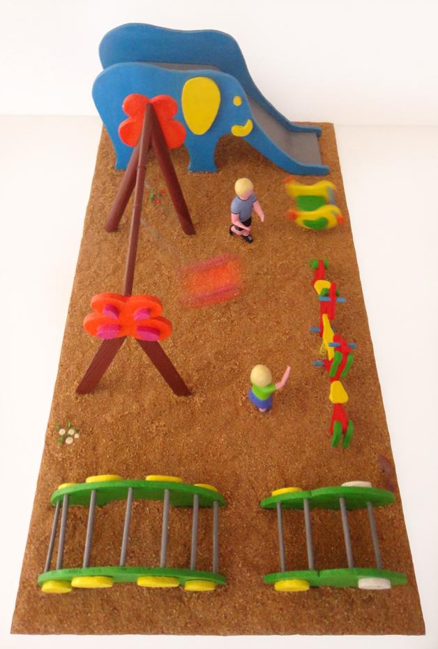 Maquetas personalizadas maqueta parque infantil - Construir parque infantil ...