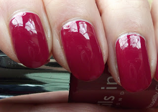 Nails Inc Piccadilly Circus