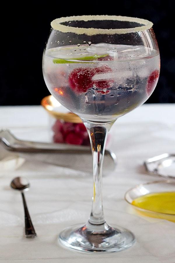 Gin tonic con aceite de oliva virgen cornicabra