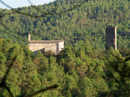 L'església de Santa Maria i la Torre de Merola