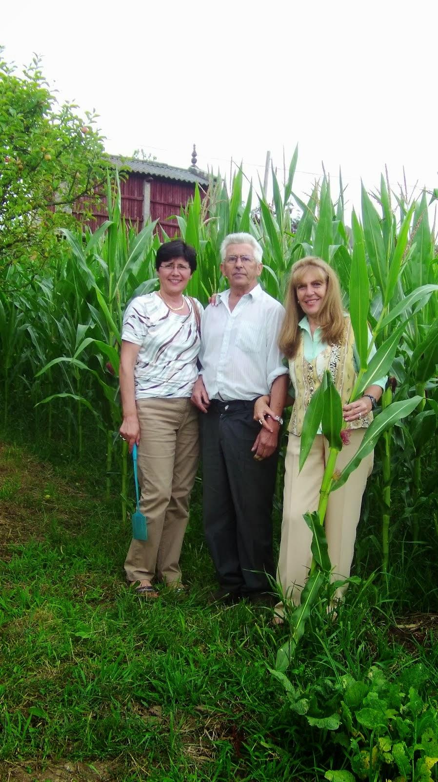 Loly , Maruja y su tío Manuel Calviño