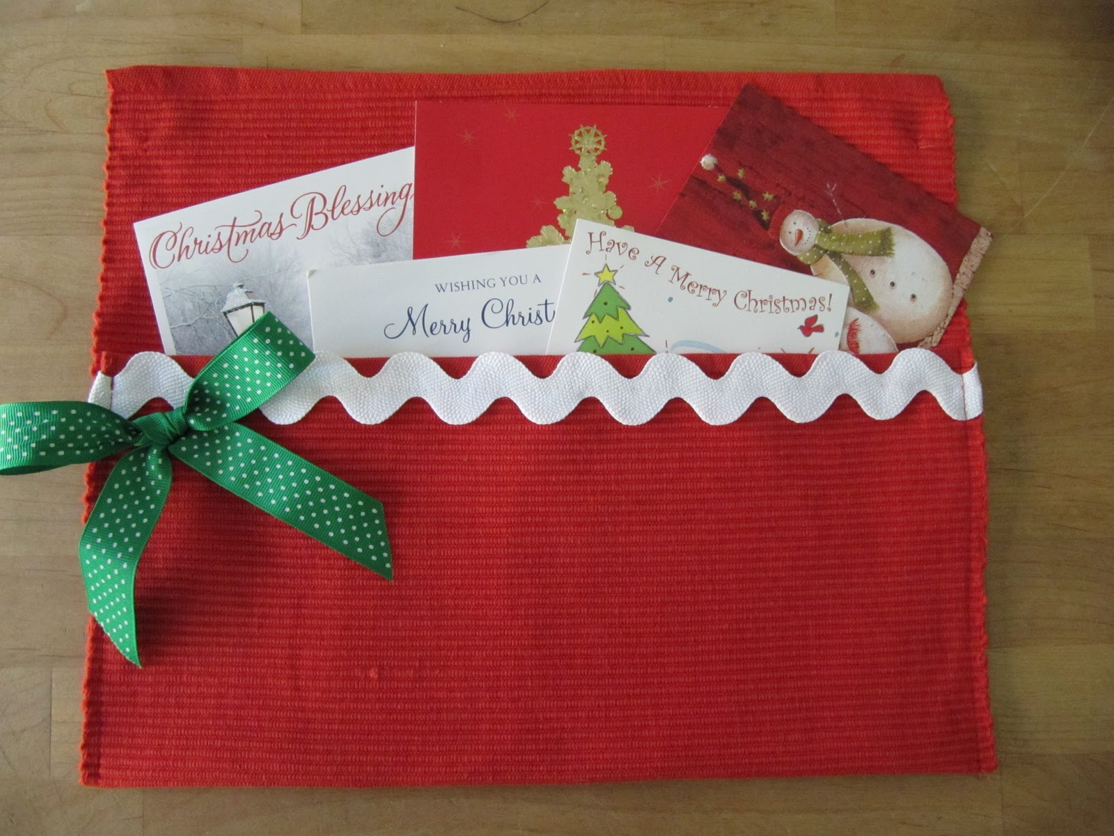 Sew many ways tool time tuesday and make a gift on the for Christmas card holder craft project
