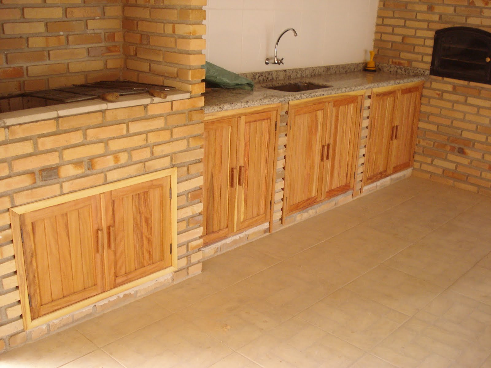 (Toda madeira utilizada em nossa marcenaria possui selo do IBAMA #B37518 1600x1200