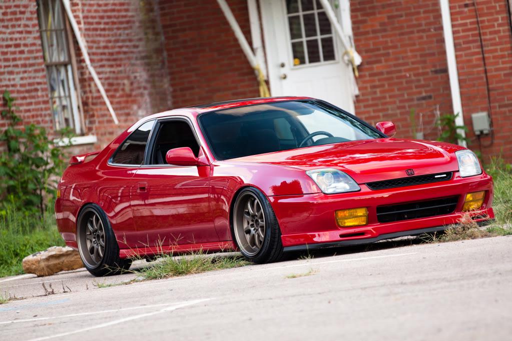 czerwona, Honda Prelude, 5-gen, fajne coupe z napędem na przód, silnik 2.2L VTEC, wysokoobrotowy, coupe dla młodego