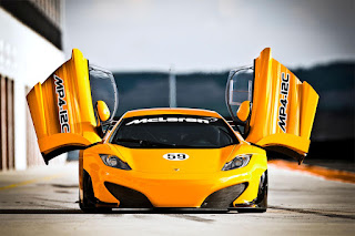 McLaren MP4-12C 2012 photos