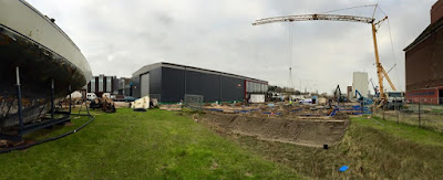 Vue du chantier, à gauche un 12mJI