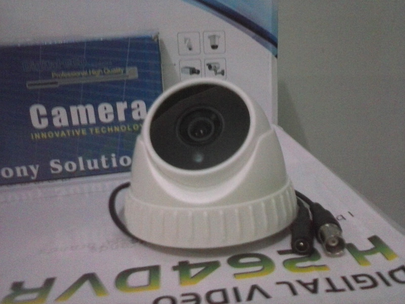 Bentuk unit CCTV 800TVL Dome