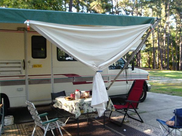 chic sunshade for RV by http://dearmissmermaid.com