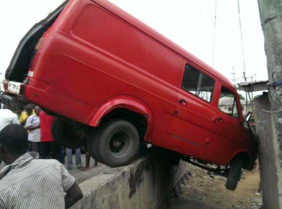Photos: Multiple accident in Port Harcourt  1