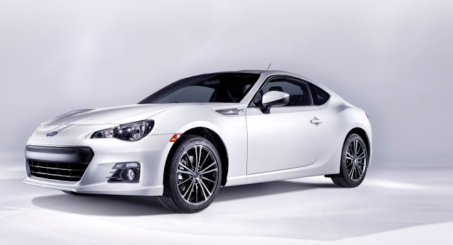 Subaru BRZ static white