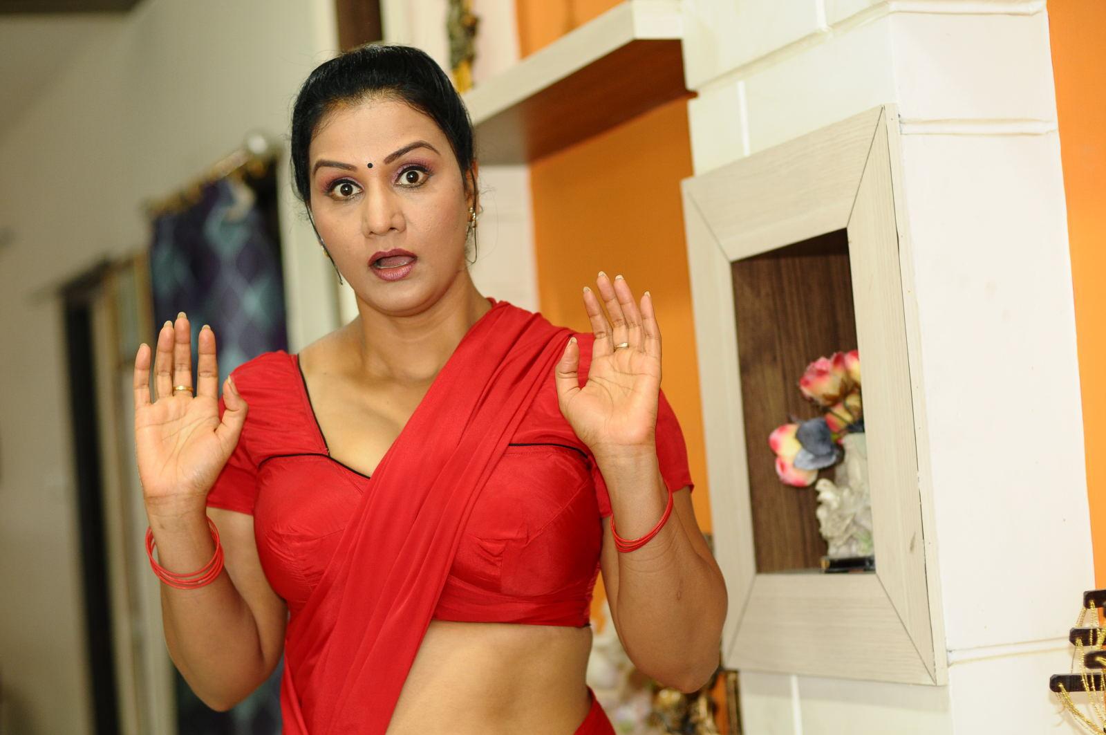 actress apoorva hot photos
