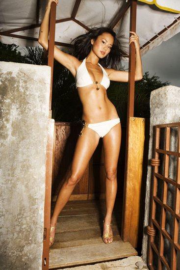 jamie chung sexy bikini photos 06