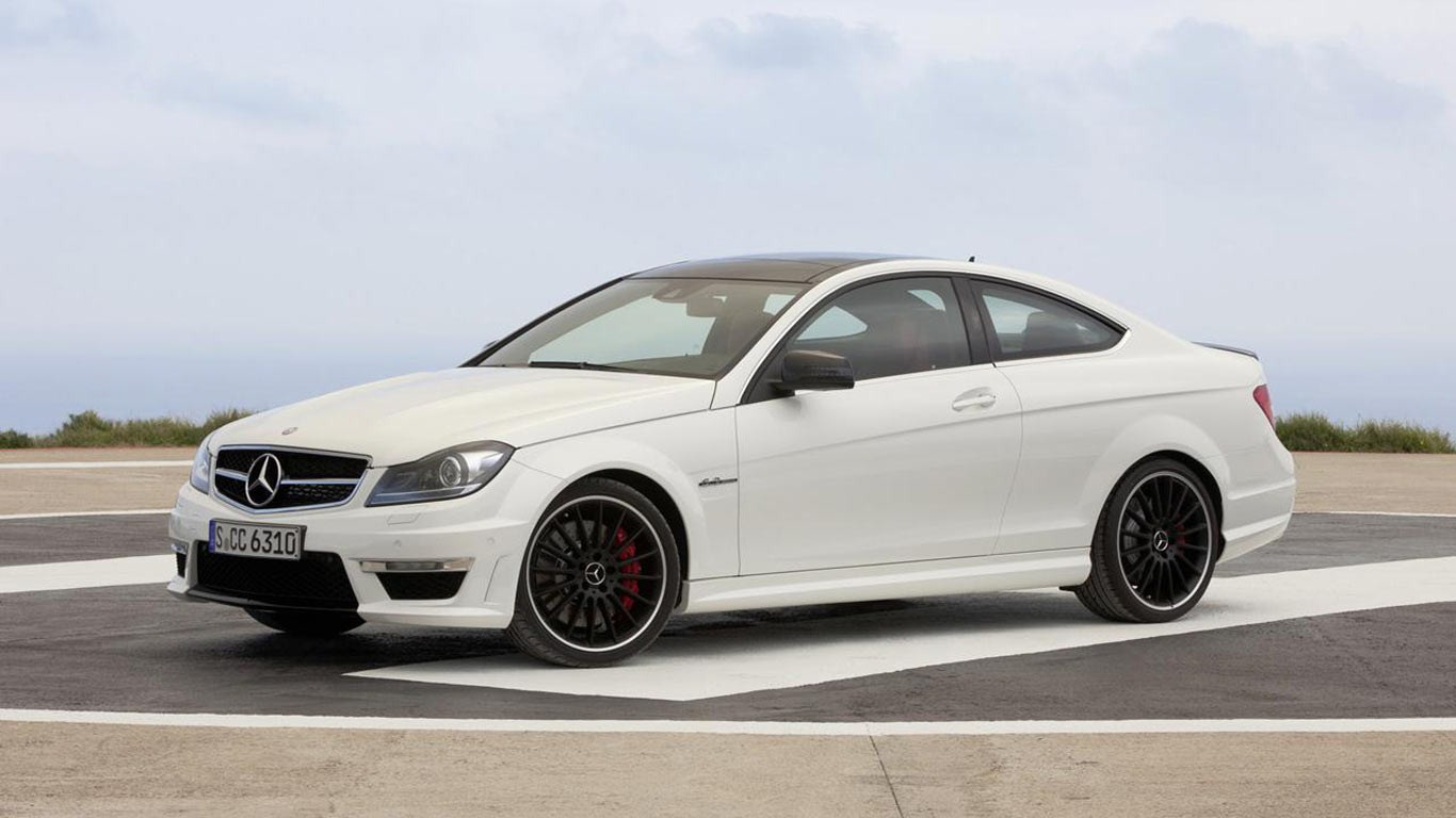 mercedes c63 amg coupe features and prices. Black Bedroom Furniture Sets. Home Design Ideas